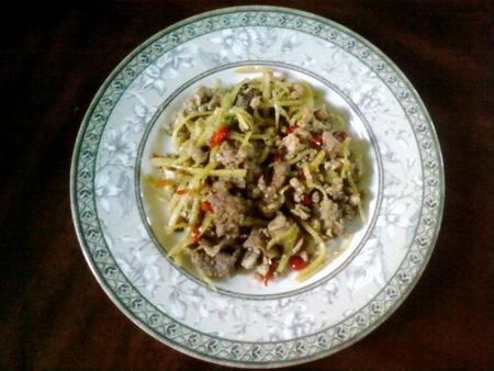 ชาขิงเย (ไก่ผัดขิง) กัมพูชา