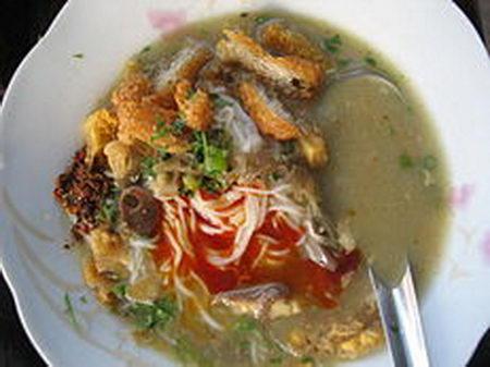 โมฮิงงะ (ก๋วยเตียว) พม่า