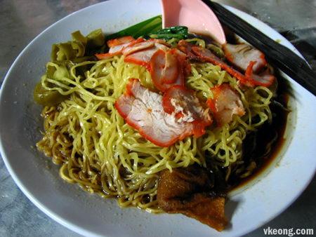 วันตันหมี่ (บะหมี่เกี๊ยว) สิงคโปร์