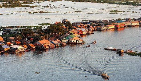 โตนเลสาบ Tonle Sap กัมพูชา