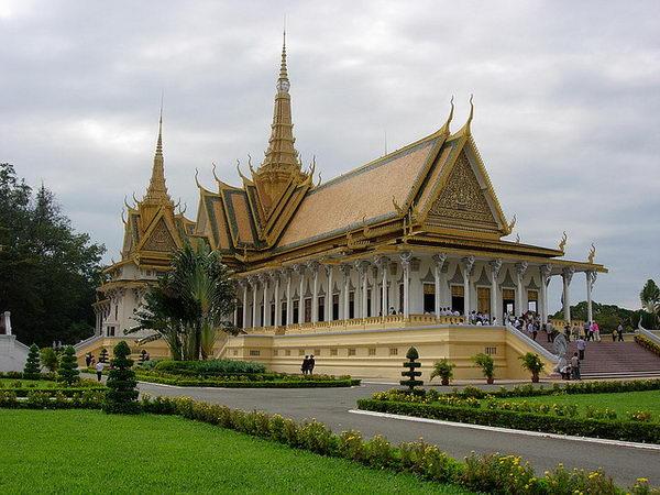 เจดีย์เงิน Silver Pagoda กัมพูชา