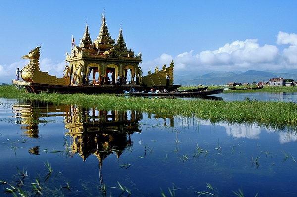 ทะเลสาบอินเล INLE LAKE พม่า