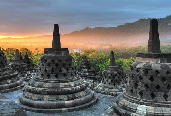 โบโรพุทโธ Borobudur อินโดนีเซีย