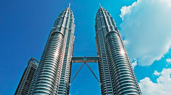 ตึกแฝดปีโตรนัส Petronas Twin Towers มาเลเซีย